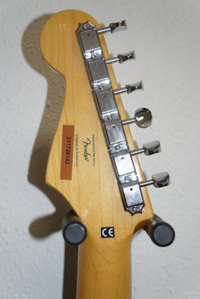 squier vintage modified surf stratocaster in cherry red lorien guitars. Black Bedroom Furniture Sets. Home Design Ideas